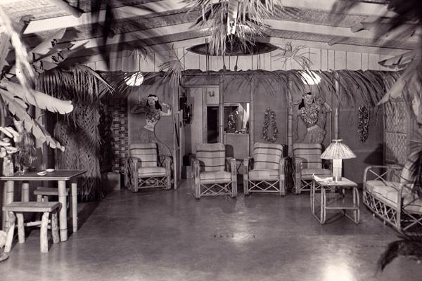 black and white tahitian room