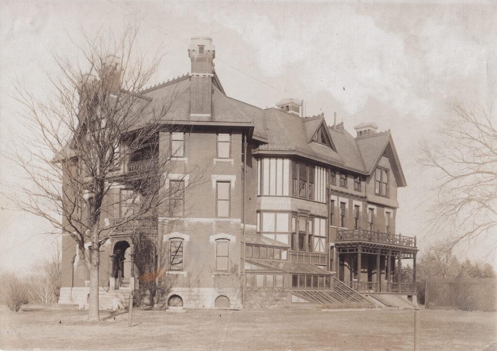 Sinclair Mansion